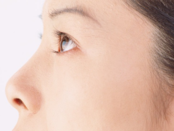 Protect Eyelashes with Eyelash Tonics